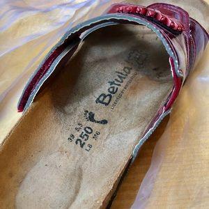 Birkenstock Shoes - Betula Sandals burgundy